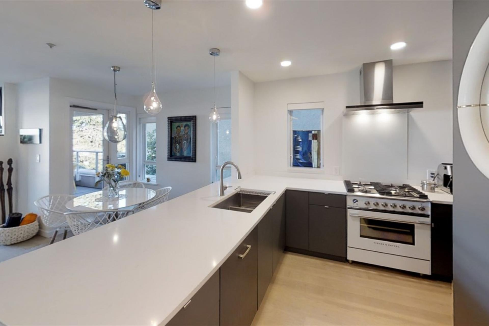 201 - 2238 W 2nd Avenue, Kitsilano, Vancouver West